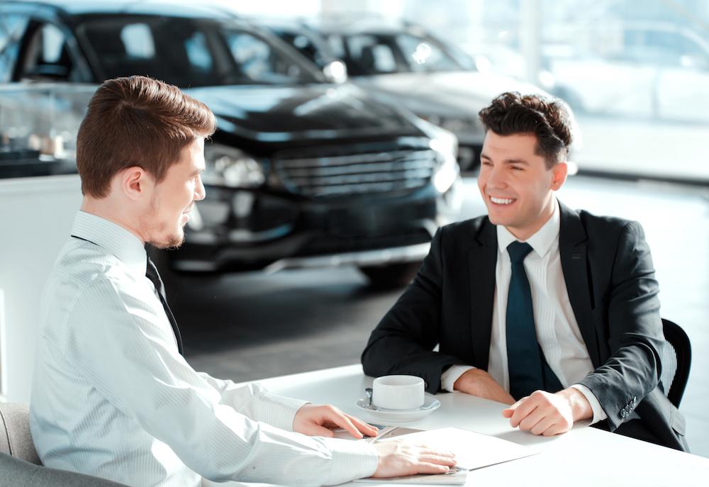 Berglund salesman speaking with a customer
